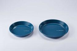 【【蘋果戶外】】Truvii 趣味 20cm + 24cm 波斯藍 琺瑯盤組(二件組) 木柄琺瑯杯 木燈 營燈 台灣設計師作品 蜂蠟油 光罩 抗菌餐具