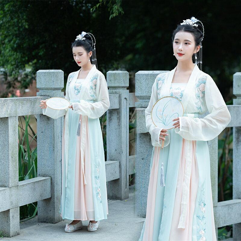 2019春夏中國風繡花漢服連衣裙女古風漢唐古裝改良對襟襦裙三件套1入