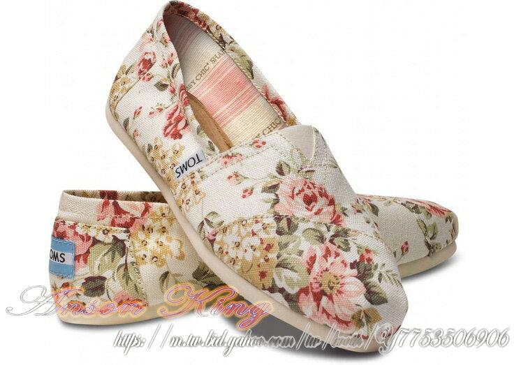 [女款] 國外代購TOMS 帆布鞋/懶人鞋/休閒鞋/至尊鞋 帆布系列  薔薇花米白 0