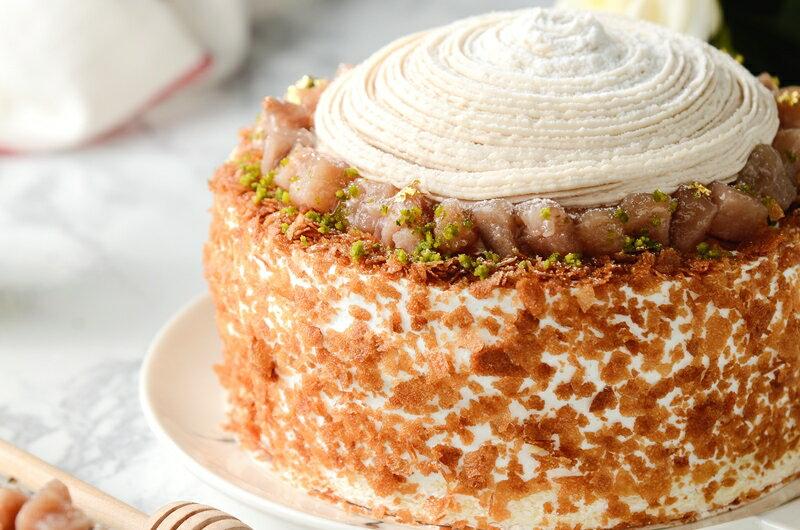 限量促銷~買一送一~~慶祝父親節--凡訂購父親節蛋糕送6吋岩燒起士峰蜜蛋糕❤濃情蜜芋6吋芋泥蒙布朗❤採用大甲芋頭研製純芋泥餡,布丁,新鮮野莓果組成三層不同口感滋味~ 4