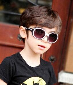 Kocotree◆時尚百搭糖果色創意線條兒童防紫外線護目太陽眼鏡-黑色
