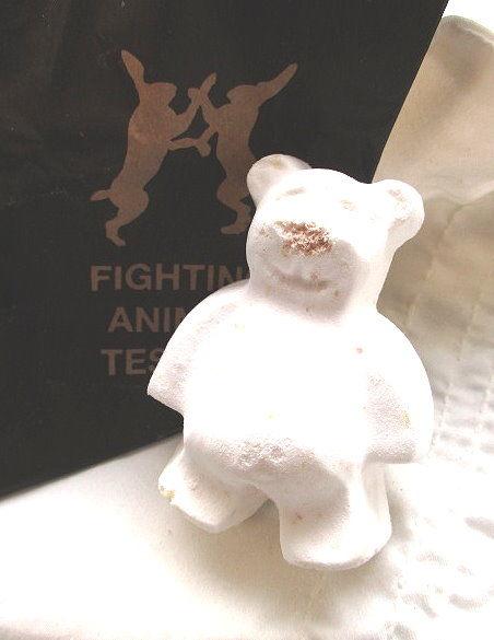 *禎的家* 英國 LUSH 限量版 可愛小熊汽泡浴球 ~年度新品 ~(大人小孩可用)