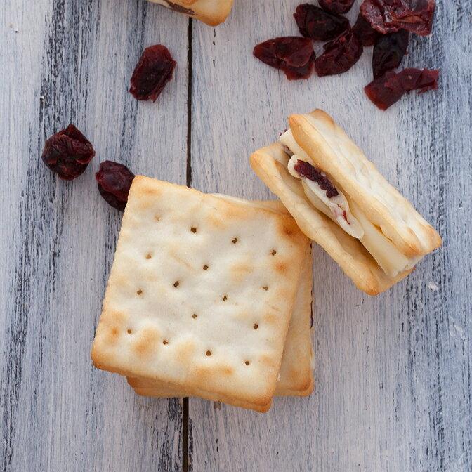 蔓越莓牛軋餅12片1盒/雙倍內餡重達12-13克/鮮纖果乾/好咬不黏牙/滿滿果乾口感十足
