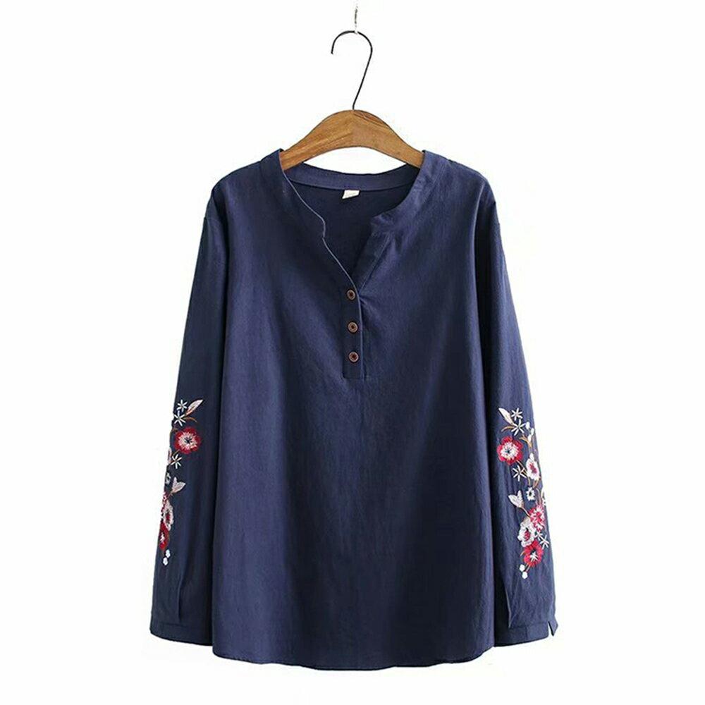 花朵刺繡棉麻V領長袖襯衫(4色XL~4XL)*ORead* 4