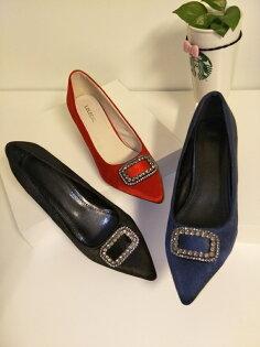 Pyf♥光澤感細絨婚鞋伴娘鞋尖頭水鑽細跟宴會高跟鞋水鑽方扣42大尺碼女鞋