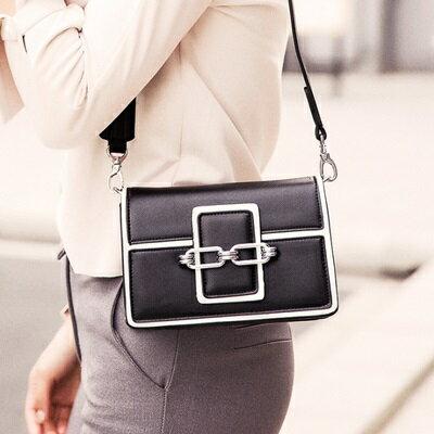 肩背包鎖鏈側背包-時尚摩登小方包韓版女包包4色73sb27【獨家進口】【米蘭精品】