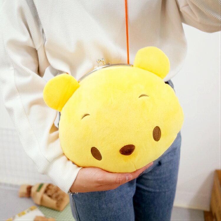 PGS7 日本迪士尼系列商品 - 日本 迪士尼 小熊 維尼 Winnie 大頭 側背包 斜背包 收納包【SIJ7249】
