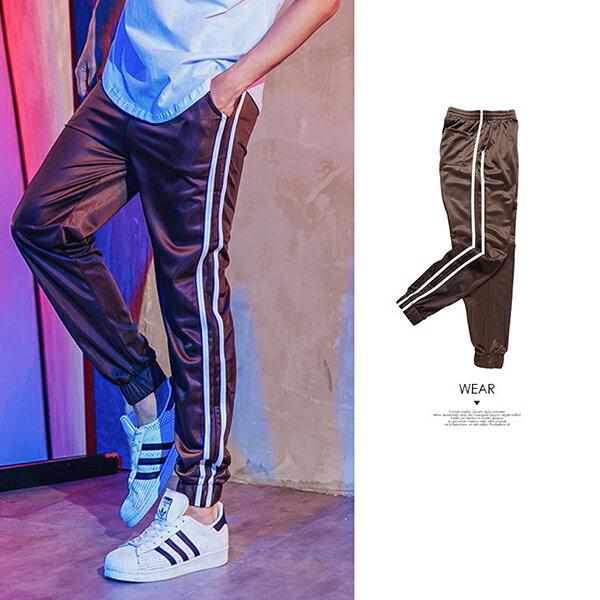 『 One Boy 』【N387】街潮運動風格條紋束口褲