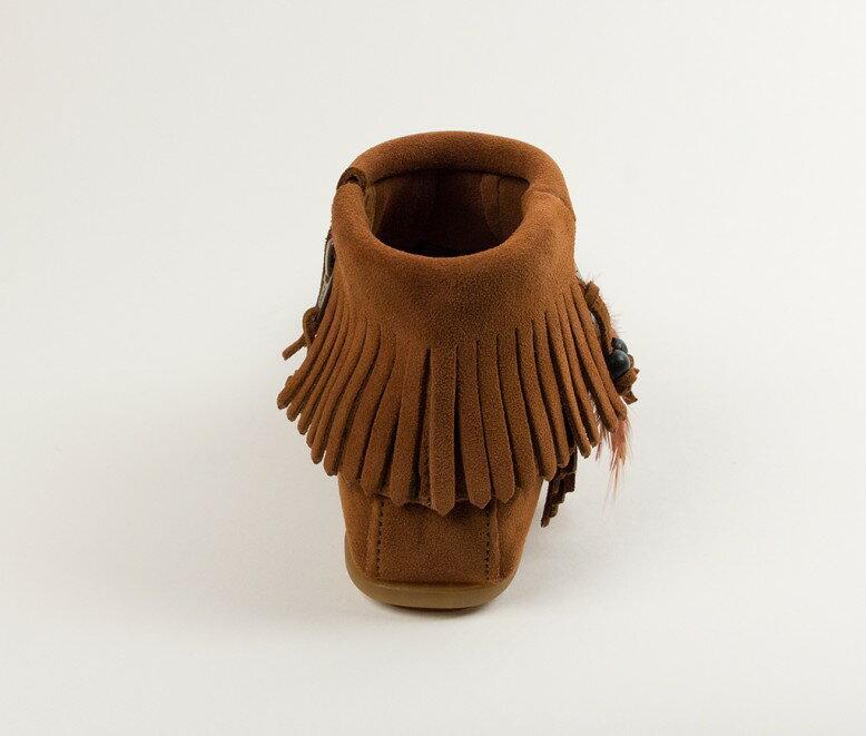 【Minnetonka 莫卡辛】棕色  - 麂皮流蘇羽毛踝靴 4
