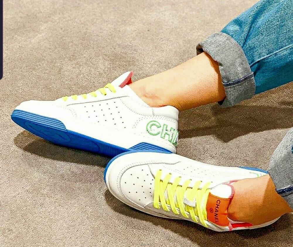 【Chiu189英歐代購】CHANEL G35934 sneakers 香奈兒 logo 休閒鞋 白 彩虹鞋帶 底