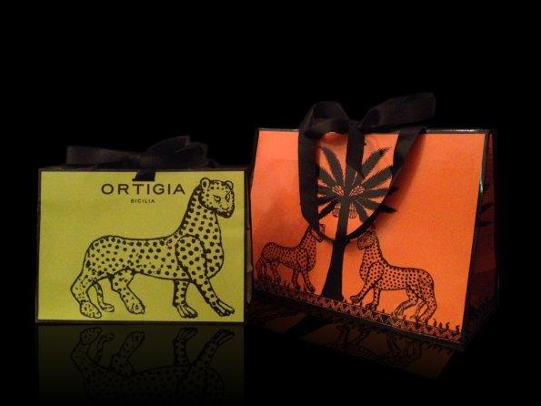 歐媞迦 Ortigia Carry Bag 狂野奔放豹紋LOGO設計 原廠精美黑緞帶手提紙袋 ***橘色 (大) / 萊姆綠 (中)
