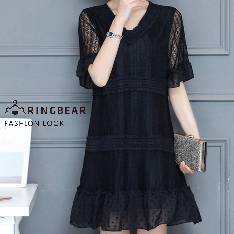 黑色洋裝--空花蕾絲V領透膚五分荷葉短袖細褶下襬A字連身裙(黑M-3L)-D473眼圈熊中大尺碼 0