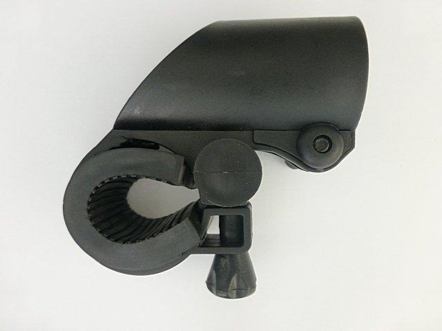 【意生】超低價槍型燈夾 強光手電筒夾具 自行車燈燈架 手電筒夾子燈座 車夾車架固定座包覆式槍架固定夾