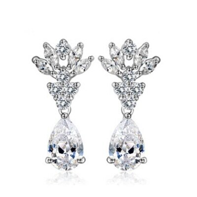 ~純銀耳環鍍白金鑲鑽耳飾~ 精緻奢華耀眼生日情人節 女飾品73cr51~ ~~米蘭 ~
