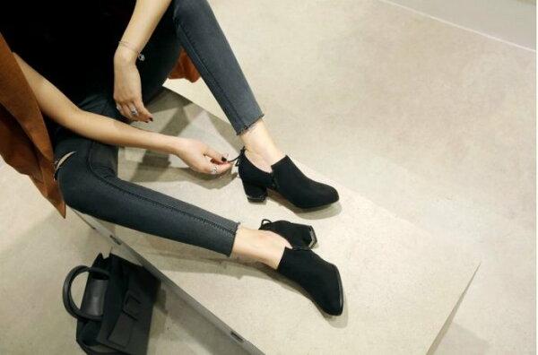 Pyf♥秋冬新款圓頭絨面粗跟拉鍊短靴蝴蝶結短筒踝靴金屬中跟鞋43大尺碼女鞋