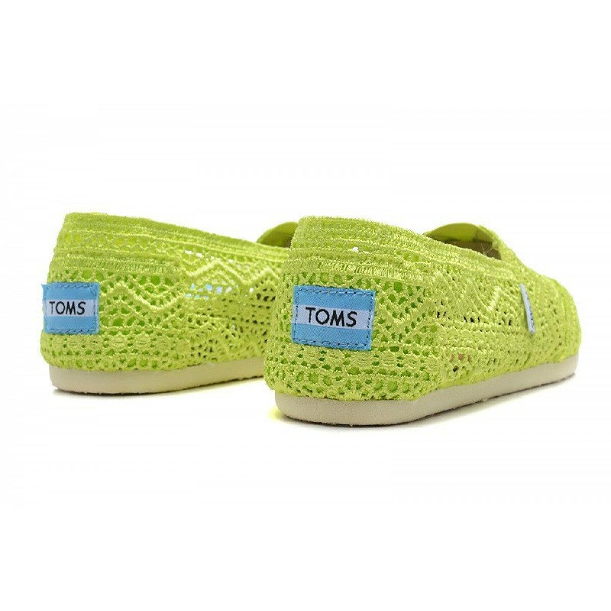 【TOMS】果綠色蕾絲鏤空繡花平底休閒鞋  Neon Lime Crochet Women's Classics 4