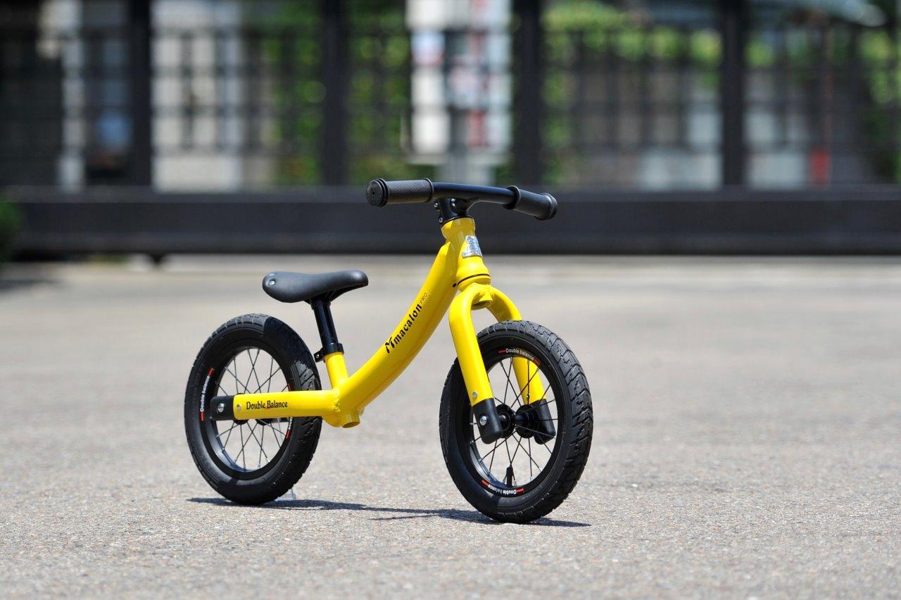 新色上市~【Double Balance】 兒童滑步車 平衡車 馬卡龍 黃色/黑色鋁框充氣輪台灣製造 KMA-23 (共四色)低跨點