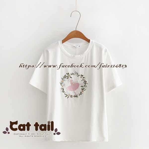 《貓尾巴》TS-0617小清新花環刺繡短袖T恤(森林系日系棉麻文青清新)