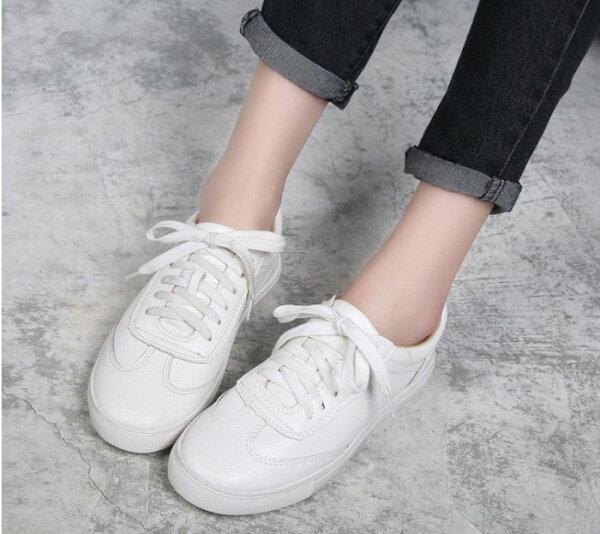 Pyf♥簡約有型上腳超舒適百搭繫帶小白鞋學生白色板鞋女休閒鞋潮加大45大尺碼女鞋