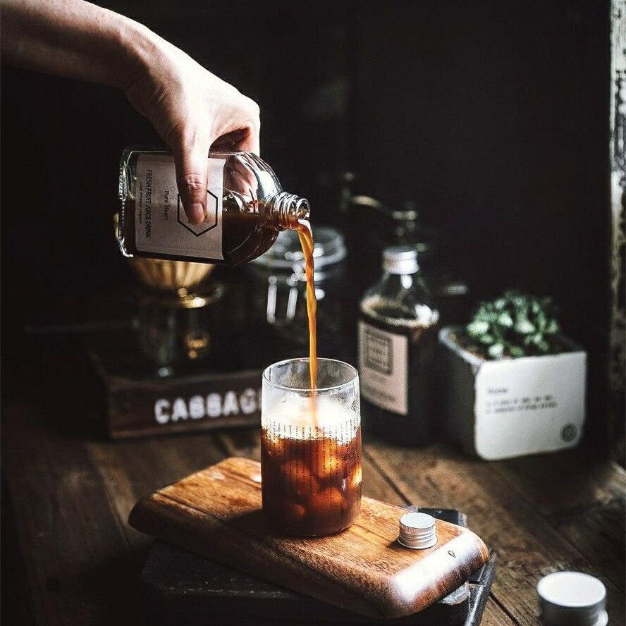 網紅冷萃咖啡瓶外帶奶茶瓶玻璃酒瓶果汁飲料瓶浮游花瓶Herbarium