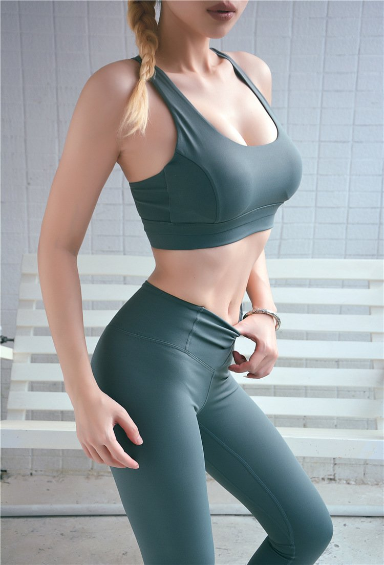 中度支撐可調節美背運動內衣 6