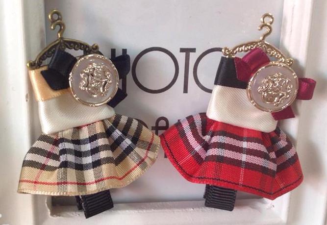 Honey Q~皇家學院俏麗紅  香檳金格紋洋裝髮夾