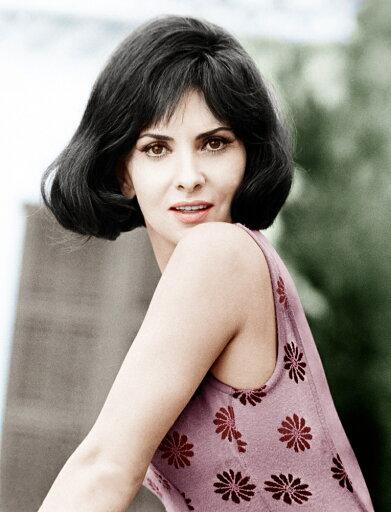 Woman Of Straw Gina Lollobrigida 1964 Photo Print (8 x 10) 2531b83e5ba85b7afc146e26ea8c4098