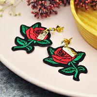 送女生聖誕交換禮物推薦聖誕禮物飾品到紅玫瑰│正韓耳環【e1710005】就在琳果Rinco推薦送女生聖誕交換禮物