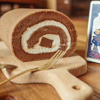 日本天皇獎-生巧克力捲16CM 生巧克力條X巧克力蛋糕X招牌生奶油 雙重巧克力口感征服您胃蕾 0