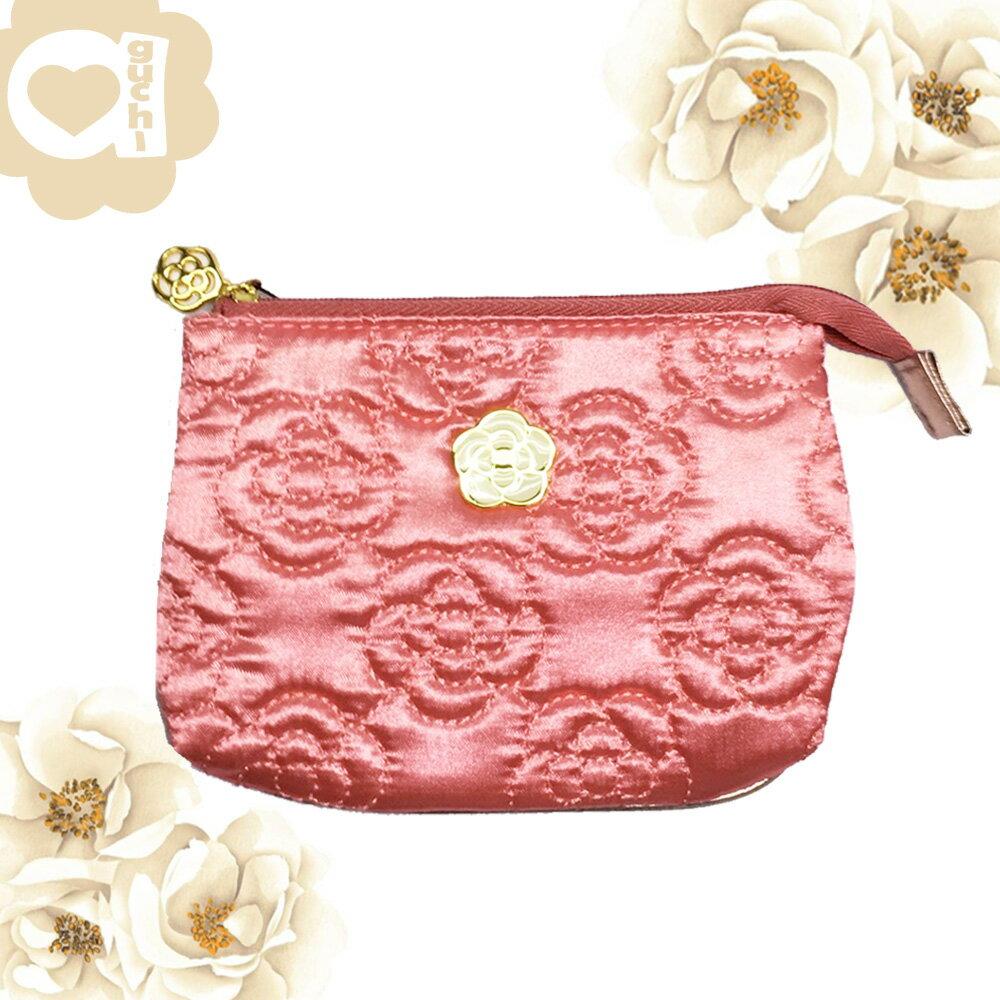 CLATHAS 日本小香奈兒經典山茶花織紋 多功能化妝包/收納包/手拿包-甜蜜桃 背面可放置面紙