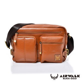 AIRWALK黑金系列-雅緻爵士雙口袋實用側背包《棕》