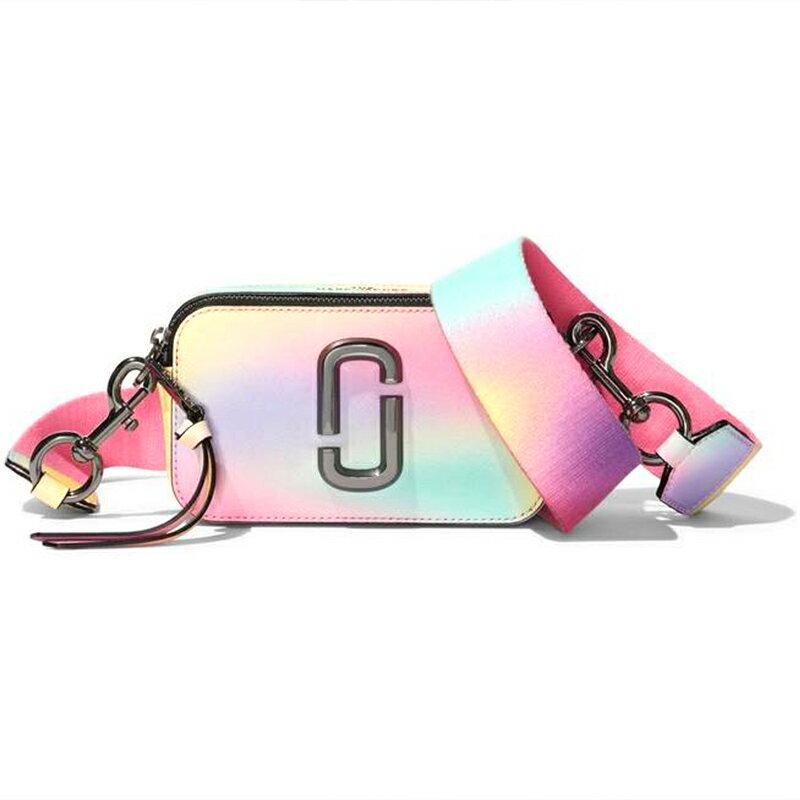 MARC JACOBS SNAPSHOT系列彩虹大logo牛皮單肩斜挎相機包 M0015789