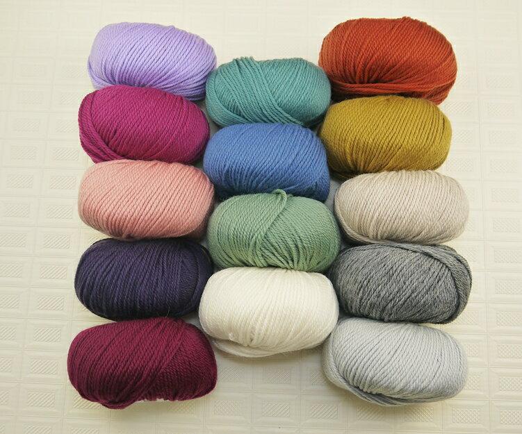 中粗細緻美麗諾 ^~ 溫潤色調 耐織耐看 粗細適中  的美麗諾羊毛線