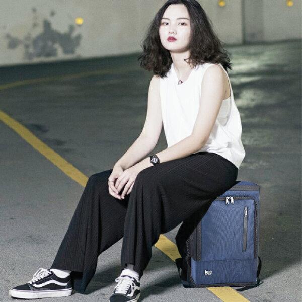 PackChair椅子包 盾牌包 防身包 電腦包 後背包 自助旅行包 藍色有胸扣版