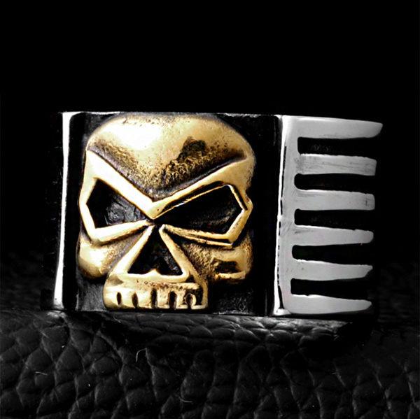 《QBOX》FASHION飾品【R100BR8-112】精緻龐克風機車手飾骷顱頭鑄造鈦鋼戒指戒環