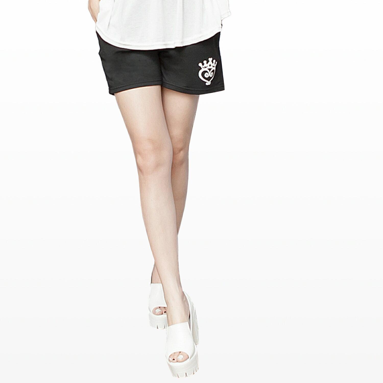 短褲--皇冠愛心印圖鬆緊抽繩褲頭棉質短褲(黑.紅.藍M-2L)-R150眼圈熊中大尺碼 1