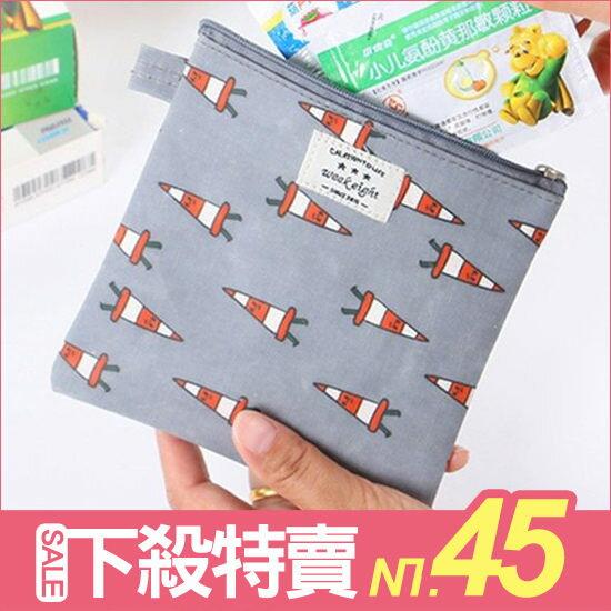 ♚MY COLOR♚卡通圖案多用途方包 便攜 衛生棉 鑰匙 耳機 零錢 拉鏈 多用途 小物 閨密 零錢袋【B03】