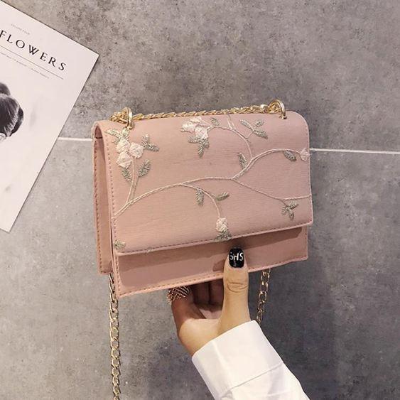 鍊條包 斜背包女包鍊條包2019春季新品正韓單肩包蕾絲刺繡斜跨小包包【快速出貨】 0