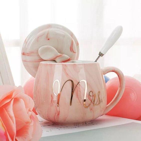 馬克杯 創意馬克杯帶蓋勺潮流個性杯子女陶瓷INS北歐水杯家用牛奶咖啡杯 1