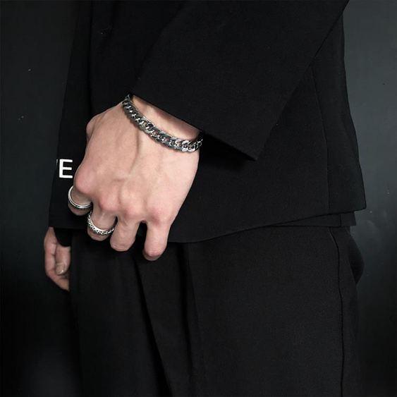 手環 SAZ 2019新款ins網紅簡約冷淡風情侶飾品純色鏈條鈦鋼寬手鏈男女 3