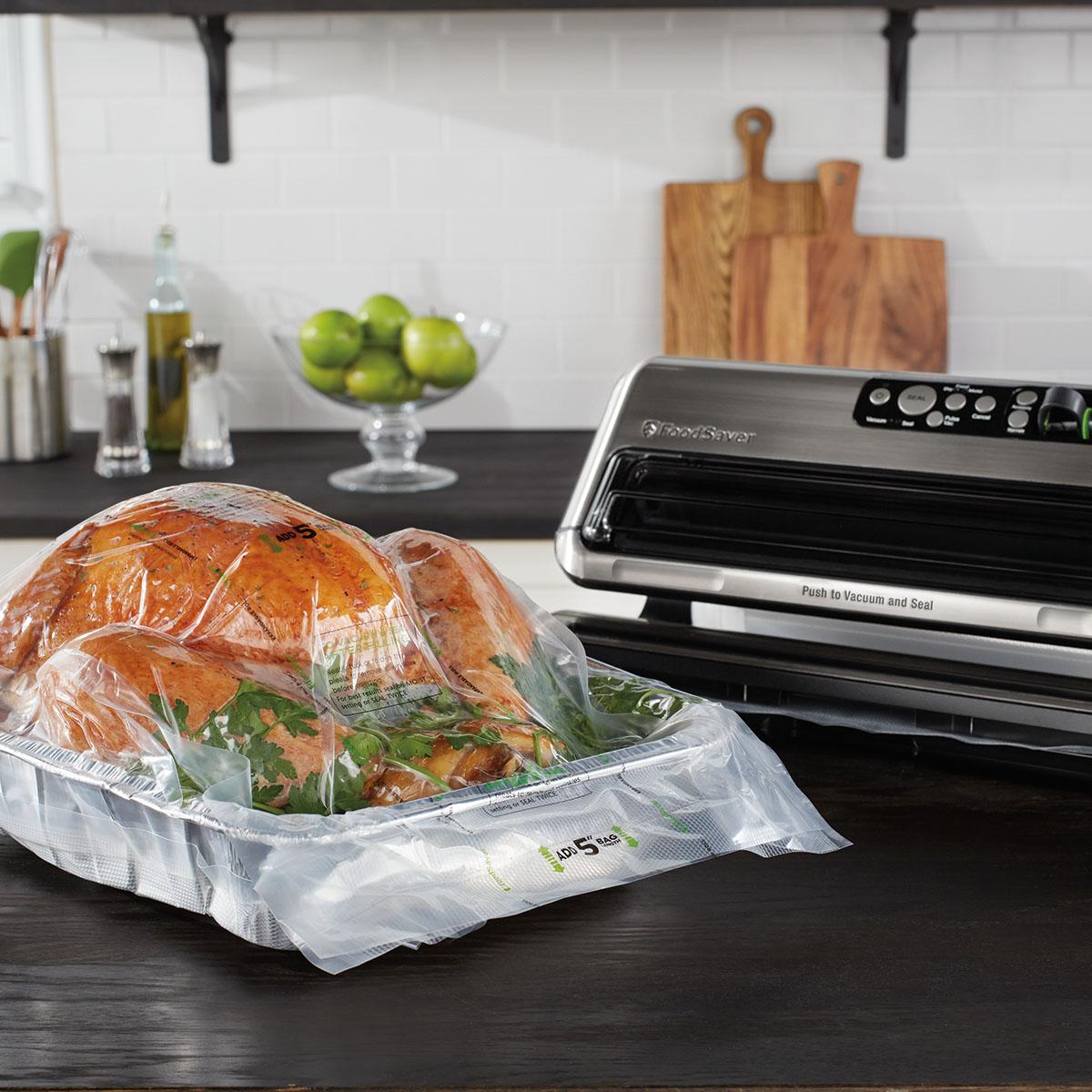 The FoodSaver FM5460 2-in-1 Food Preservation System FM5460-DTC 7
