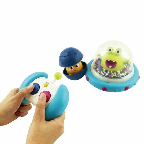 美國【B.Toys】迴轉遙控車-呱呱撞火星(遙控器顏色款式為隨機出貨)★愛兒麗婦幼用品★