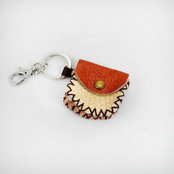 【Mi-Pin手作好物】真皮皮革鑰匙圈-小包造型