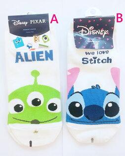 X射線 精緻禮品:X射線【C602001】KIsssocks迪士尼好朋友短襪(22-25cm)2款選1,大人小孩短襪船型襪sanrio卡通襪子