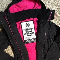 Superdry極度乾燥-女外套/風衣推薦到Superdry (G50023ZN TQY)女(3拉鍊)原價6800元特價3880元【119 小鋪】就在119小鋪推薦Superdry極度乾燥-女外套/風衣
