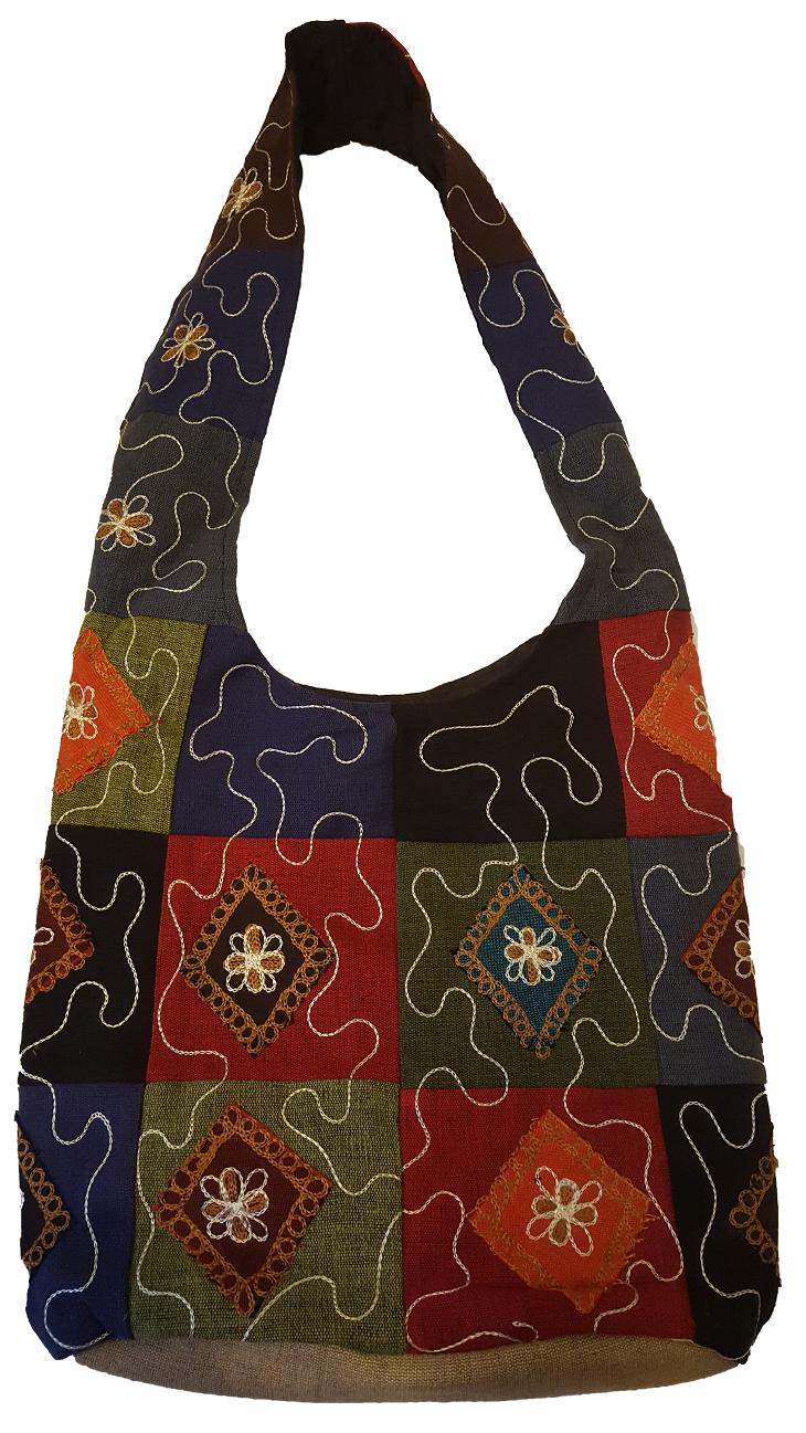 <br/><br/>  尼泊爾製 方塊拼布圖形 肩背包【尼泊爾手藝坊】Nepalese made, attractive patch pattern shoulder bag<br/><br/>