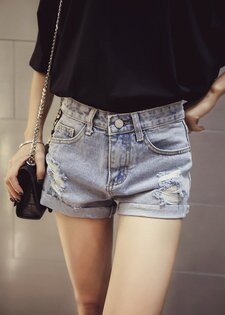 FINDSENSE服飾:FINDSENSEG5韓國時尚破洞牛仔短褲學生高腰修身翻邊熱褲