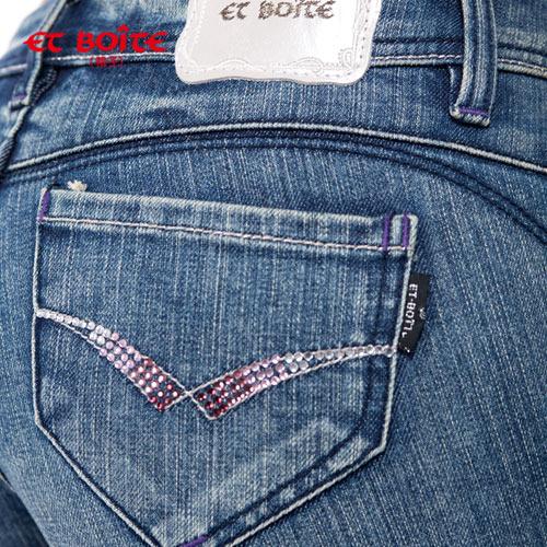 【990元優惠↘】ET BOiTE 箱子  調細飾鑽丹寧九分褲 2