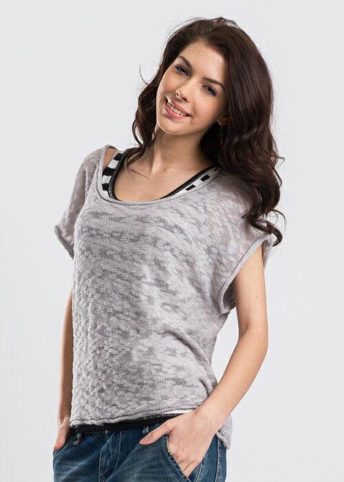 【790元優惠↘】ET BOiTE 箱子  簍空結紗兩件式針織衫 1