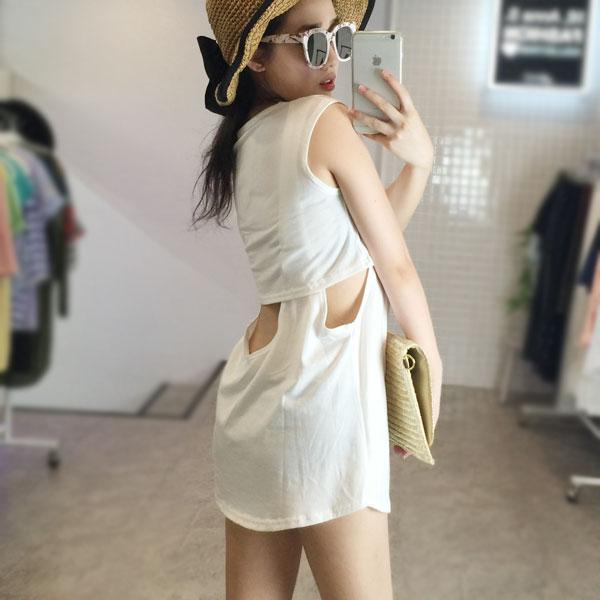 露背露腰長版背心 休閒無袖T 寬鬆彈性連衣裙 棉質洋裝 海邊比基尼性感顯瘦 黑灰白 正韓